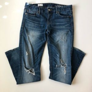 GAP Real Straight distressed jeans size 29